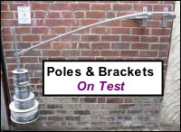 Poles, brackets (and wall anchors ! ) ON TEST !