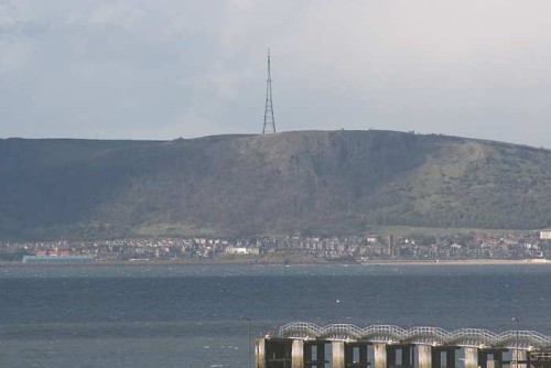 Craigkelly transmitter, above Burntisland, from across the Firth of Forth