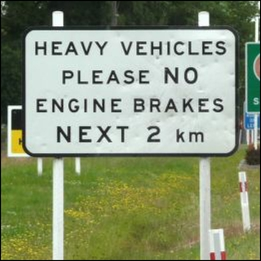 Sign in New Zealand banning trucks using noisy engine braking.